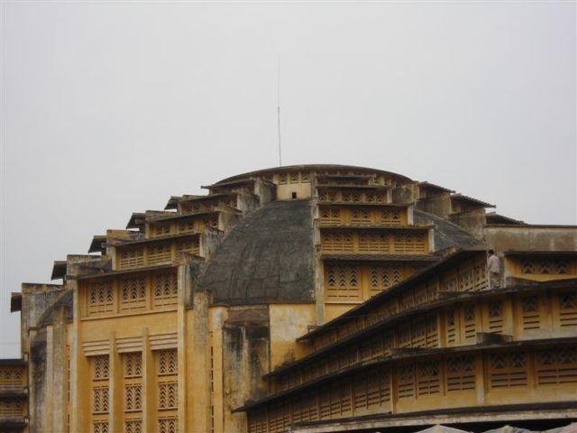 das marktgebäude in pp im franz. art deco