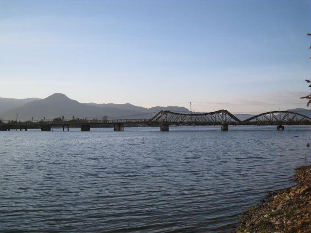Die alte Kampotbrücke