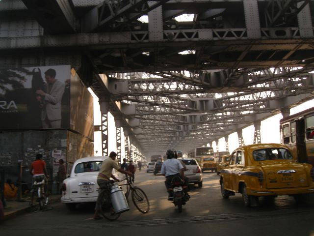 ...entering the bridge from Howrah side